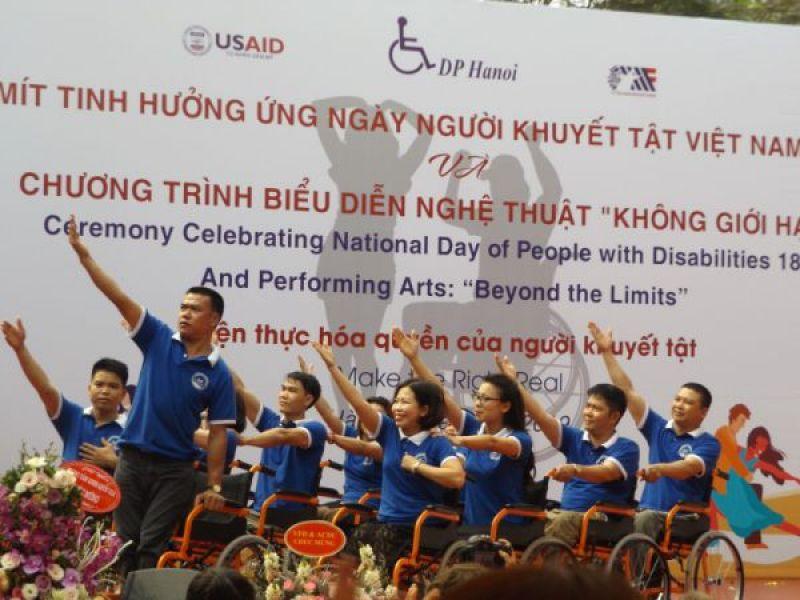 """Ấn tượng chương trình biểu diễn nghệ thuật """"Không giới hạn"""" của người khuyết tật"""