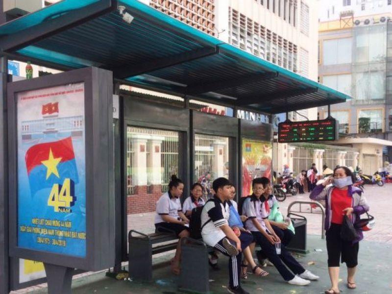 TP HCM cải tiến nhà chờ xe buýt tạo thuận lợi cho người khuyết tật