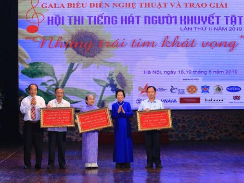 Đoàn Thành phố Hồ Chí Minh xuất sắc giành giải nhất toàn đoàn Hội thi Tiếng hát người khuyết tật lần thứ II