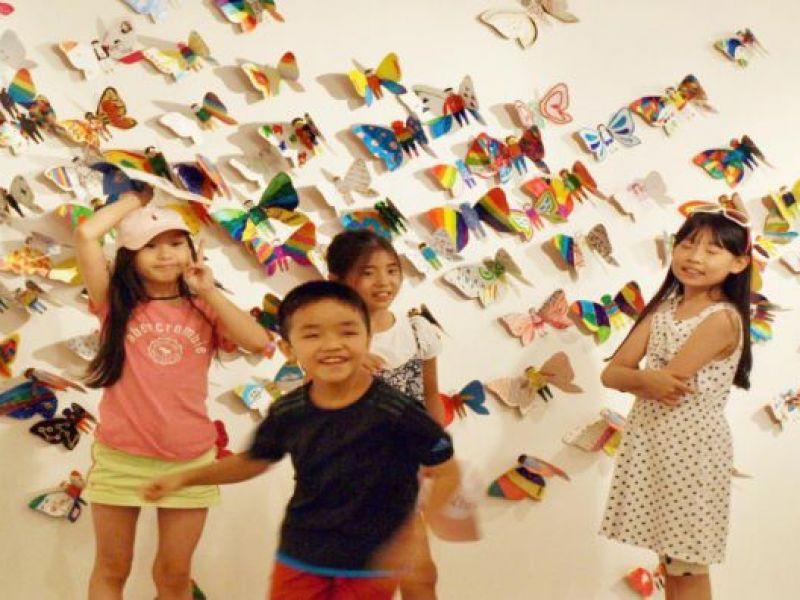 Hơn 1.300 cánh bướm của trẻ khuyết tật khắp thế giới trưng bày tại Hà Nội