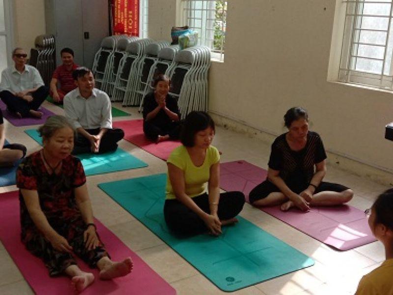Khi người khiếm thị học yoga