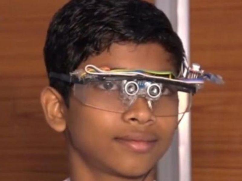 Nam sinh lớp 8 chế tạo kính cảm biến cho người khiếm thị, khiếm thính