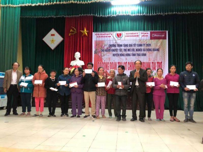 Trung ương Hội: 140 suất quà tết trao tặng đối tượng khó khăn tỉnh Thái Bình