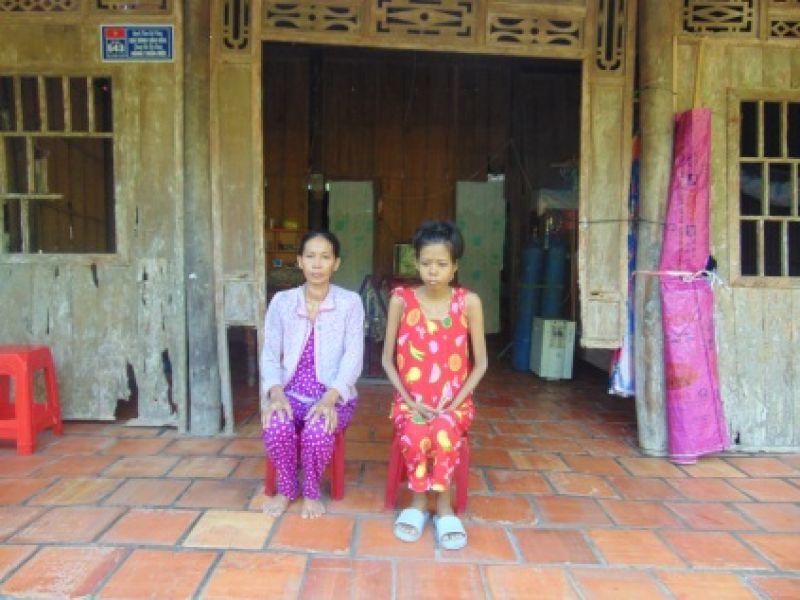 Em Nguyễn Thị Lệ Chi mong được hỗ trợ để phục hồi sức khoẻ, kéo dài sự sống