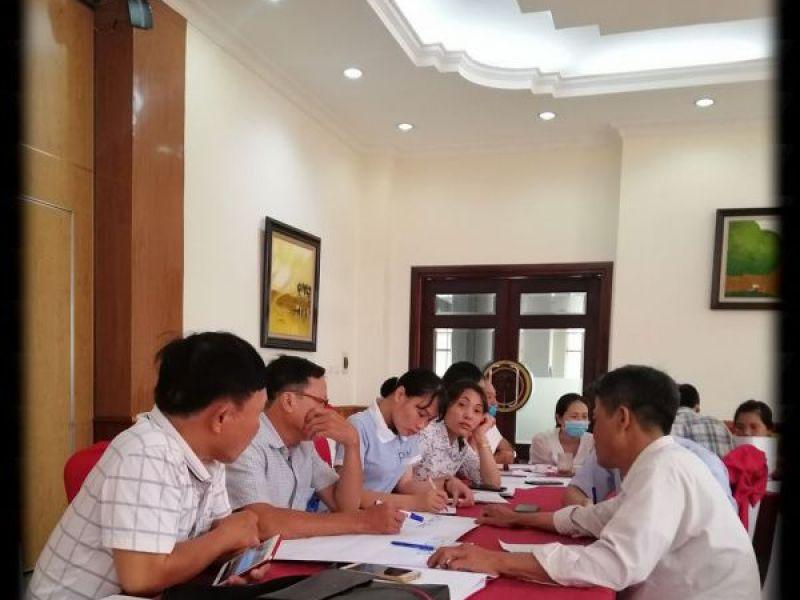 Tập huấn kiến thức truyền thông cho cán bộ Hội NKT