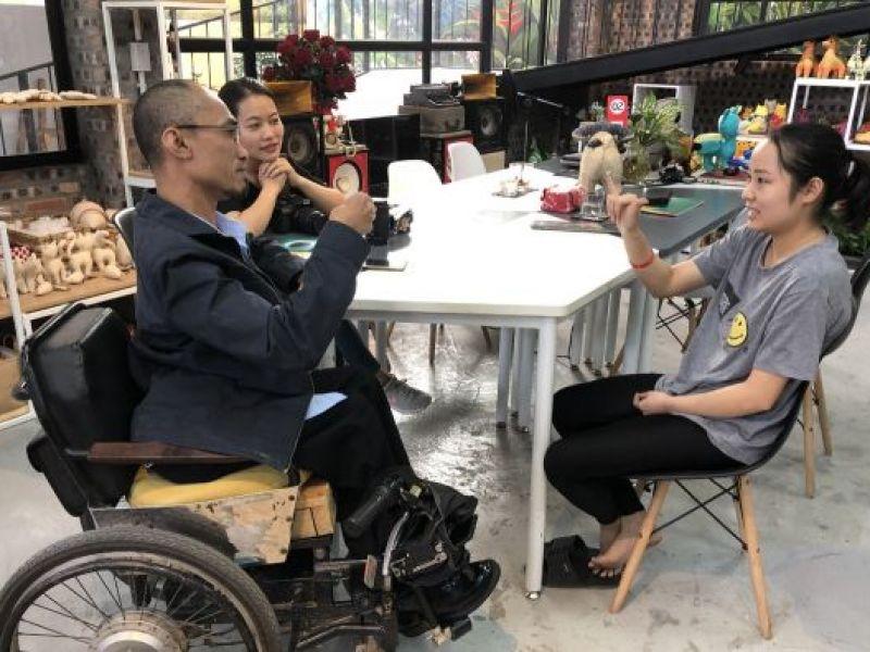 Tuyển dụng người khuyết tật- doanh nghiệp được gì, mất gì?