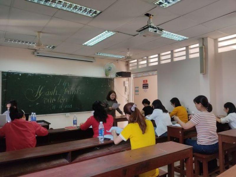 Nâng cao kiến thức cho phụ huynh và giáo viên dạy trẻ khuyết tật