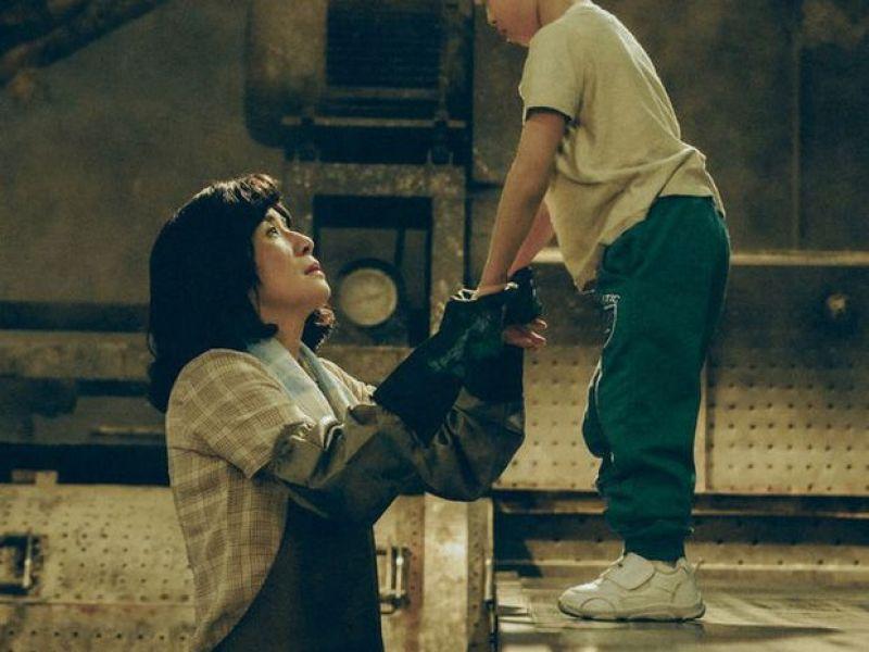 """Người mẹ """"chạy"""" cùng đứa con khuyết tật, vượt muôn ngàn cay đắng, 3 lần phá kỷ lục thế giới:"""