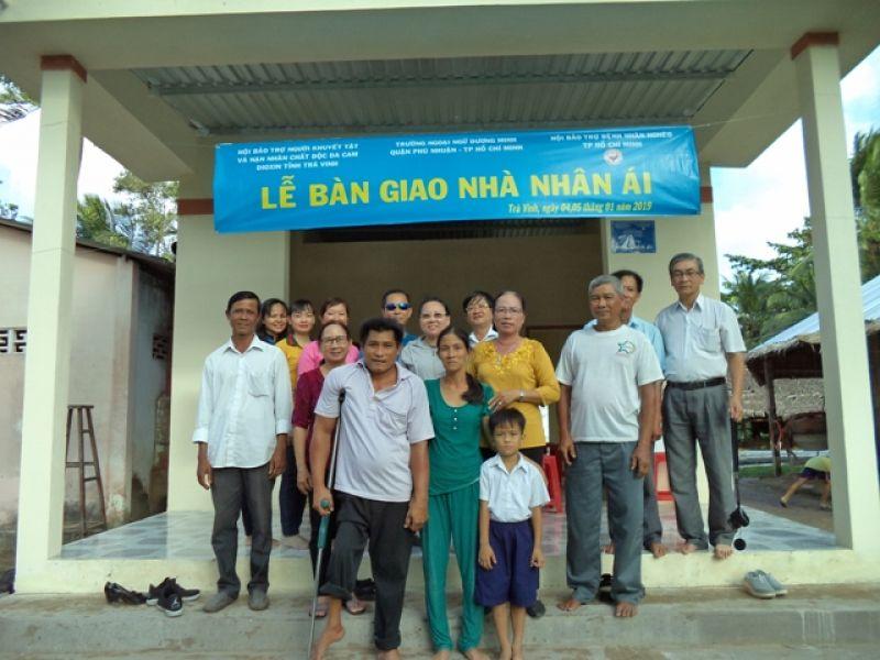 Tỉnh Hội Trà Vinh: Bàn giao 5 nhà nhân ái cho gia đình người khuyết tật, người nghèo