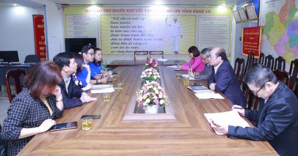 Khảo sát  công tác tổ chức phục vụ chương trình chăm sóc thính lực cộng đồng miễn phí cho người khuyết tật tại Nghệ An.