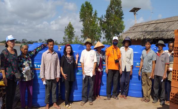 Tỉnh Hội Trà Vinh: Hỗ trợ người dân vùng xã đảo bị xâm nhập mặn